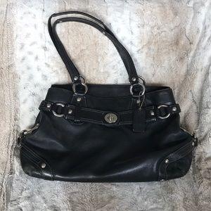 Coach soft leather shoulder bag GUC